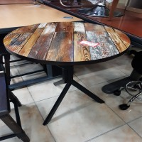 노이 원형 탁자