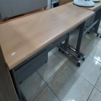 이동 책상